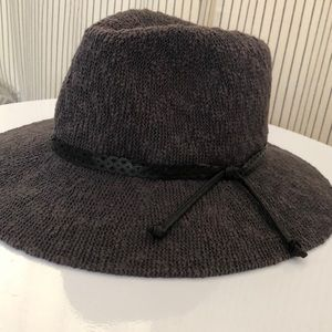 e19d8f88 Anthropologie Accessories - ANTHROPOLOGIE Cheyenne Rancher Hat Grey Packable